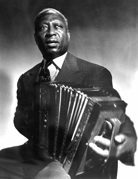 Leadbelly_with_Accordeon